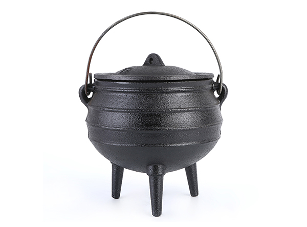 Camping Picnic Cast Iron South African Pot With Lid