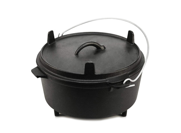camping cast iron dutch oven with three legs lid