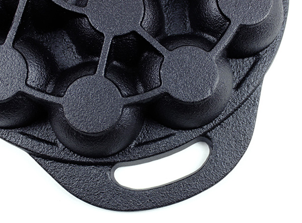 14 hole cast iron Japanese Food Octopus Ball Dutch Pan cake cooking egg poacher poffertjes Takoyaki pan